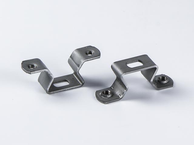 Halteklammer aus Stahl